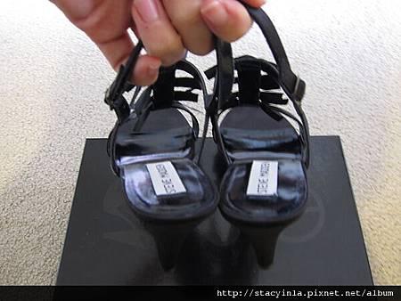 鞋子 3 Steve Madden 蝴蝶結寶石涼鞋 $1500 (2)