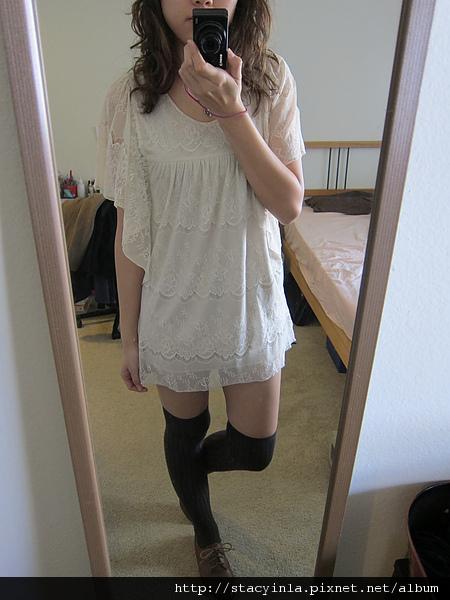 洋裝 9 水袖全蕾絲洋裝 $500 (3).JPG
