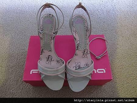 鞋子 2 Fornarina 暖灰 x 嫩粉 春夏涼鞋 $800 (1)