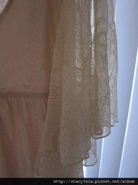 洋裝 9 水袖全蕾絲洋裝 $500 (2).JPG
