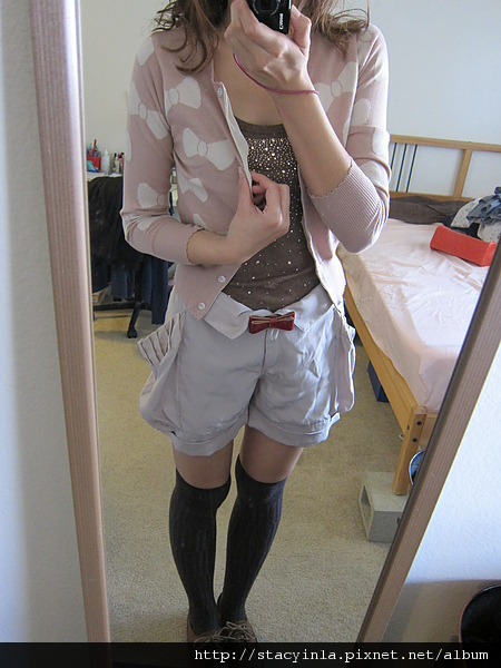 外套 2 俏皮粉紅底白色蝴蝶結針織長袖外套 $800 (4).JPG
