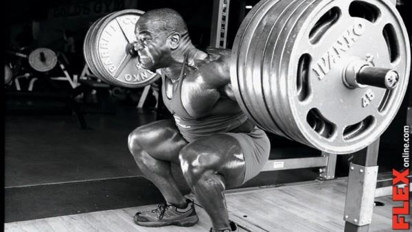 11flex_jonnie-jackson-squat_970