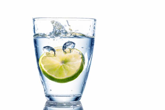 Lemon-Water-700x466