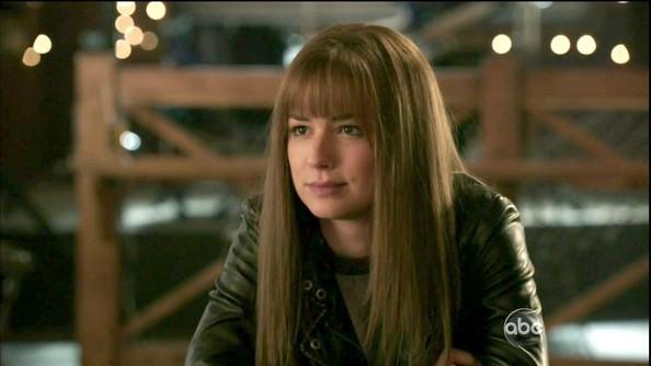 Emily+VanCamp+Revenge+Season+1+Episode+20+6uNFwxjCqMll