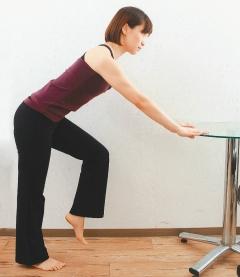膝蓋保養操