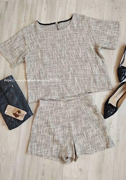 J12 混棉麻套裝,NT$1580(一套)