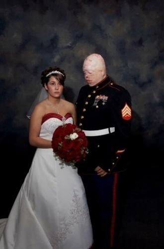 這是一場讓數億人心酸落淚的婚禮
