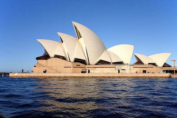 24澳洲.jpg