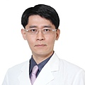 醫師照片_網路用_徐登志-01.jpg
