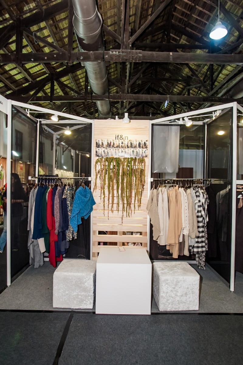 ExhibitionArea-201405120906Qpa_b.JPG