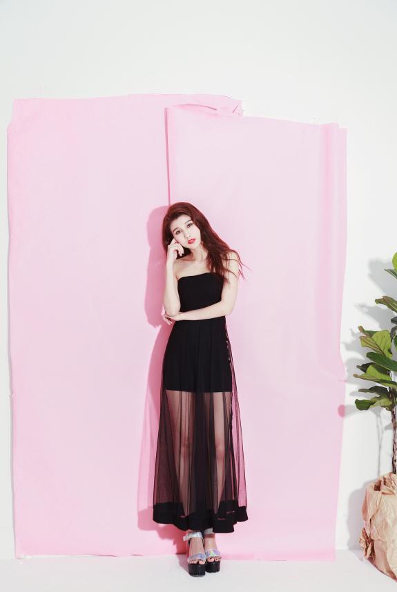 黑長裙.jpg