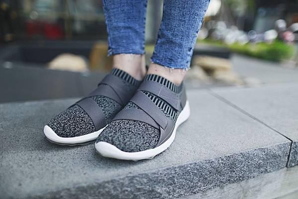 編織彈性帶時尚運動鞋2.JPG