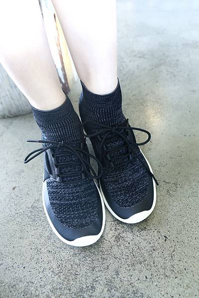 襪套式高筒編織鞋1.JPG