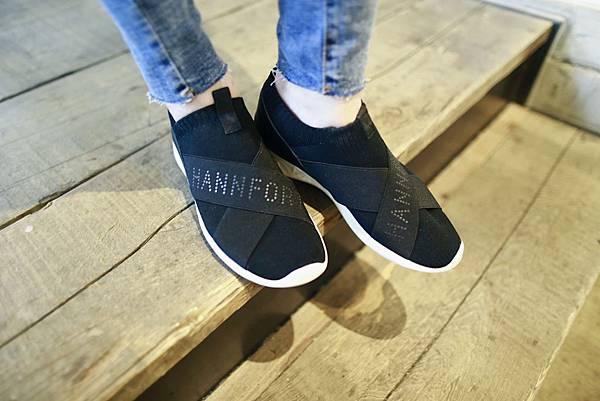 飛線針織時尚運動氣墊鞋1.JPG