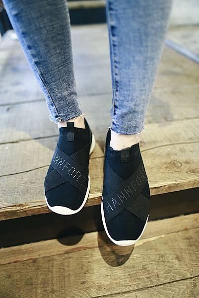 飛線針織時尚運動氣墊鞋2.JPG