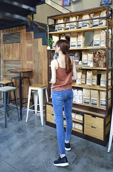 飛線針織時尚運動氣墊鞋8.JPG
