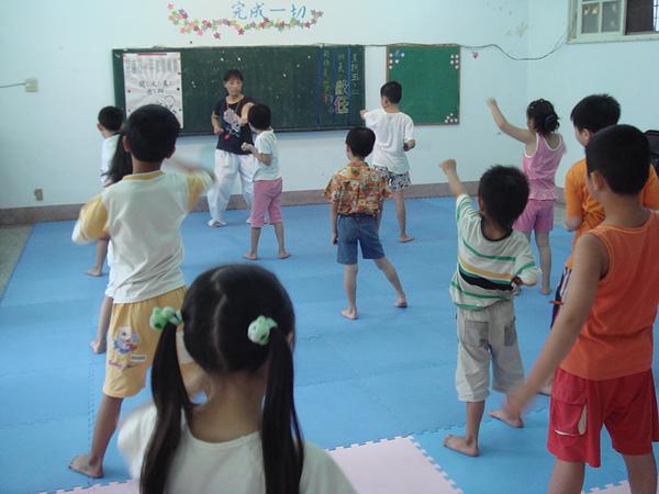 宜蘭中心-暑假跆拳道班.JPG