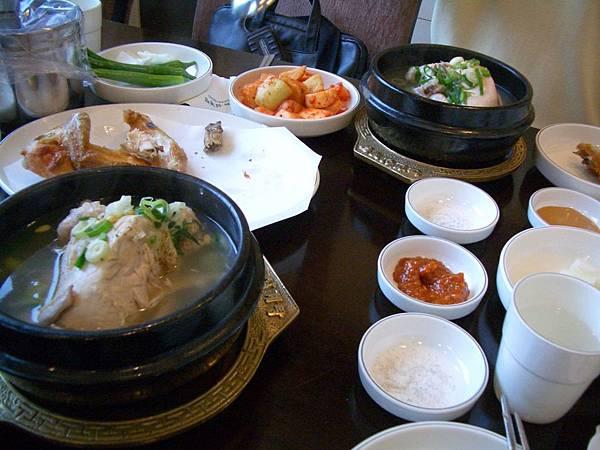 韓國道地人蔘雞