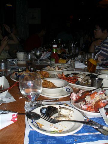 龍蝦大餐之杯盤狼藉