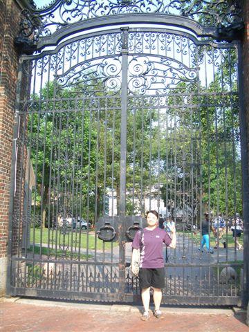 哈佛校園一景