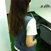 頭髮長了背面.JPG