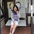 餐廳外的搖椅...其實有點可怕的鬆