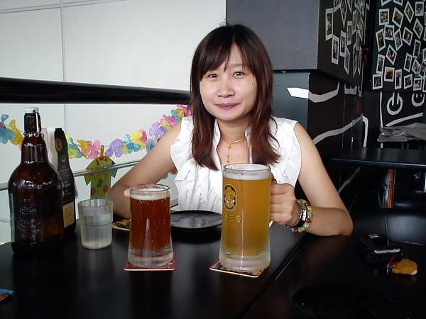 金色三麥啤酒