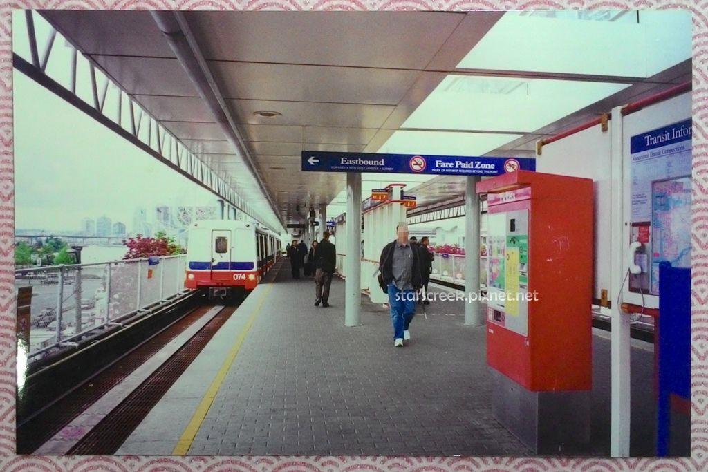 Q2236-01.jpg