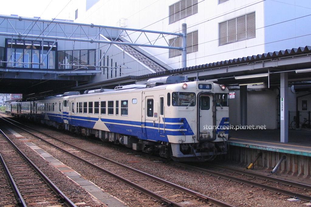Q2266-03.JPG