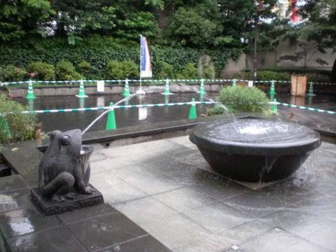 青蛙的噴水池