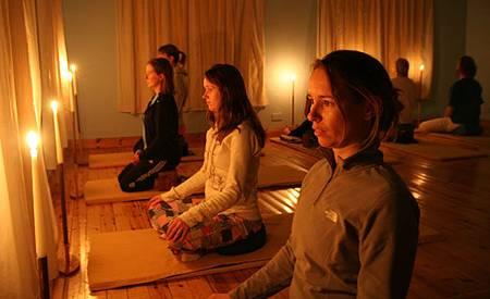 Satyananda-yoga-tratak-R
