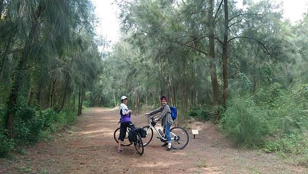 國家公園騎腳踏車.jpg