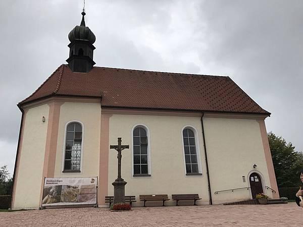 小鎮教堂.JPG