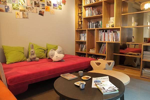Stay Cafe' 1F 沙發區