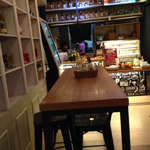新竹美食 竹北美食百百種 越南美食餐廳-弗薇越式餐廳 價格算不上平價 cp值高不高呢~!!??