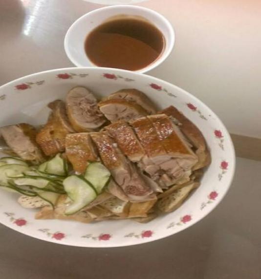 新竹在地人必吃的鴨肉許鴨香飯,來到新一定要吃的一家美食小吃店