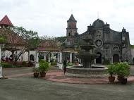 Nayong_Philippino_01