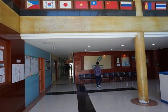 菲律賓遊學PHILINTER學校內部.JPG