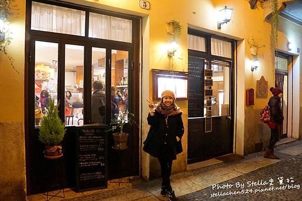 【2016義大利蜜月旅行】DAY 4-5.6 百草廣場 Piazza delle Erbe→嫩翻天好吃到爆的小牛膝@Pizzeria Risotteria Da Mario★義大利/義大利蜜月/維諾納景點/維諾納美食/華友蜜月