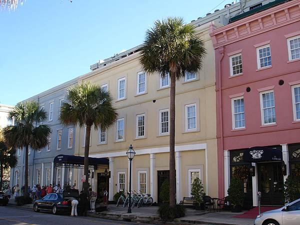 好可愛的彩色房子