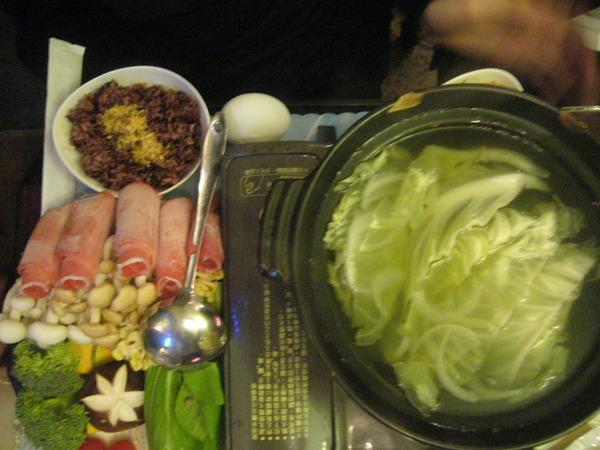 時蔬菇菇鍋