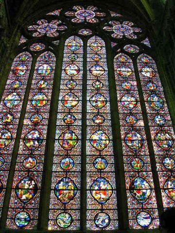 教堂裡的窗花.jpg