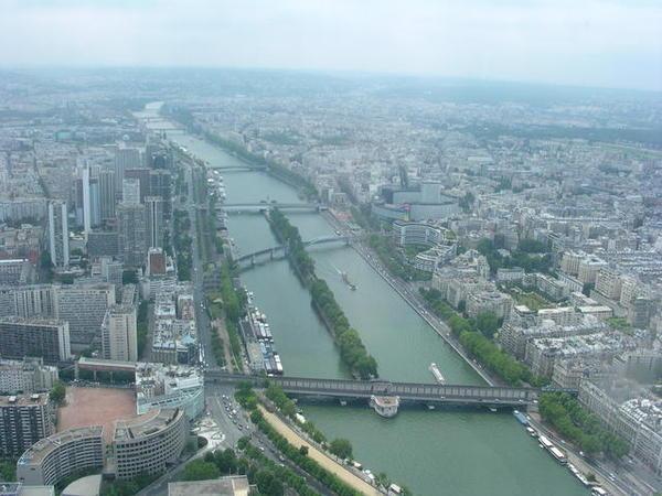 塞納河.jpg