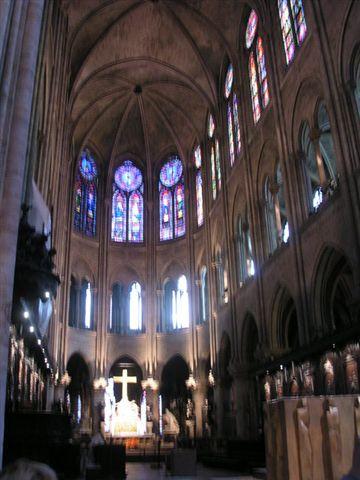 聖母院內部.jpg