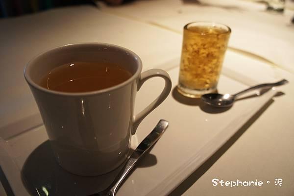 洋甘菊香柚花茶
