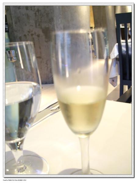 香檳.jpg