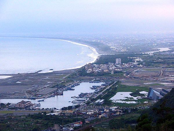 烏石港景色