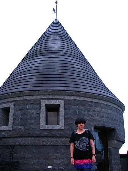 古堡頂樓是拍照的好地方