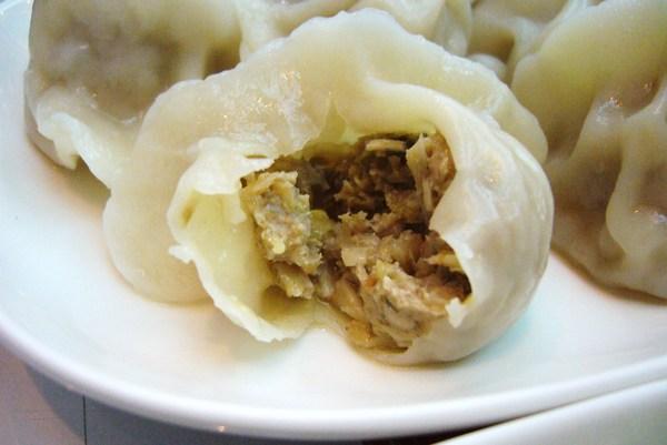 酸菜白肉水餃_橫_剖面
