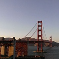 The Golden Gate Bridge - 再放近一點